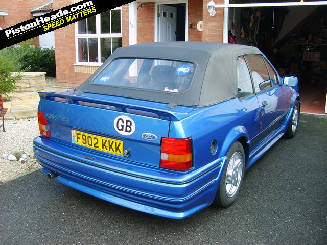 ford escort xr3i cabriolet azure blue. Black Bedroom Furniture Sets. Home Design Ideas